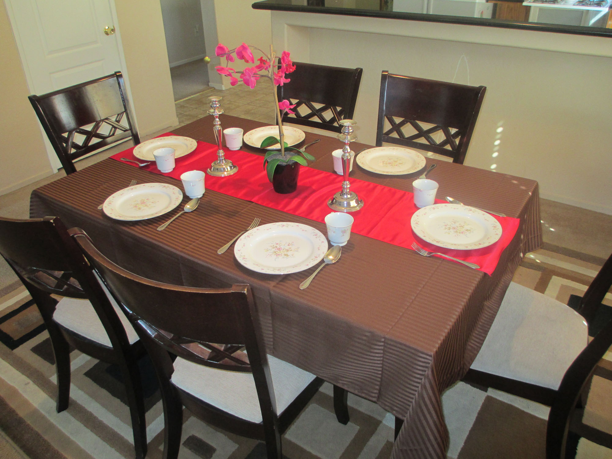 AA_Bakersfield_Care_Home_Assisted Living_Board_and_Care_Dining
