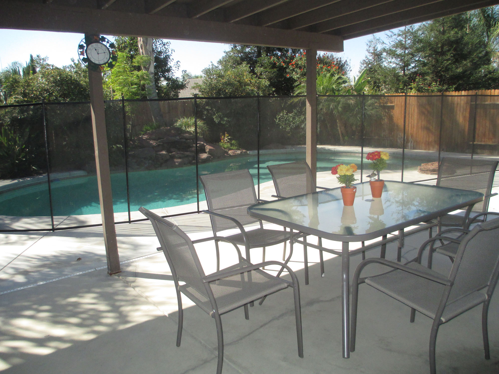 AA_Bakersfield_Care_Home_Assisted Living_Board_and_Care_Patio